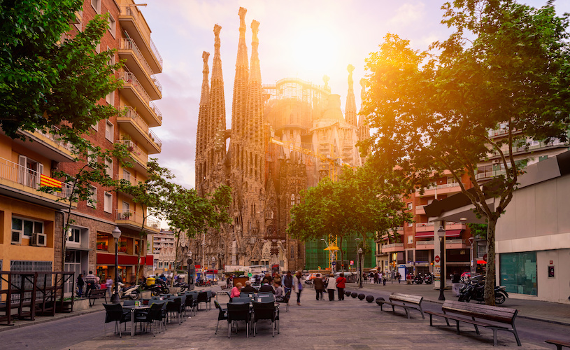 Eccles Global students immerse themselves in Barcelona's rich culture