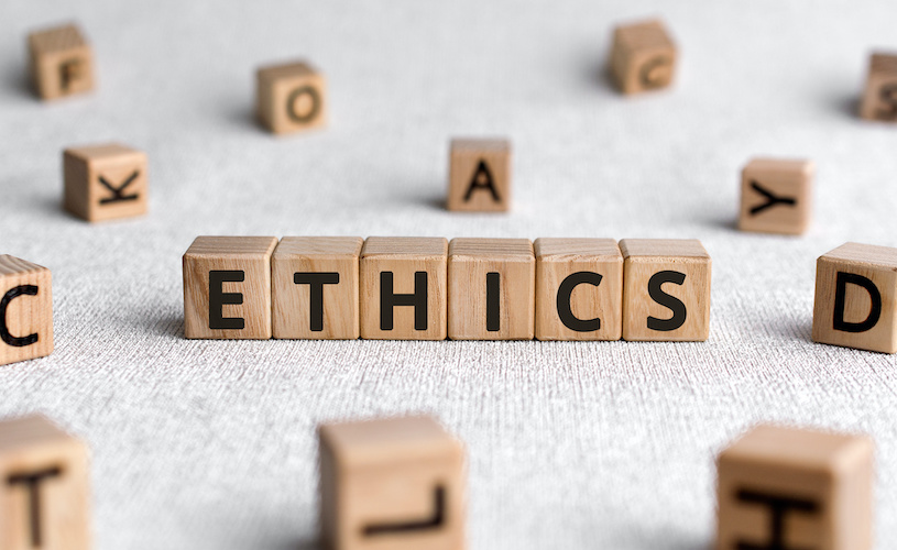 Ethics Club speaker guides students on how to find ethical companies